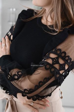 Bluzka sweterkowa z ozdobnymi rękawami czarna
